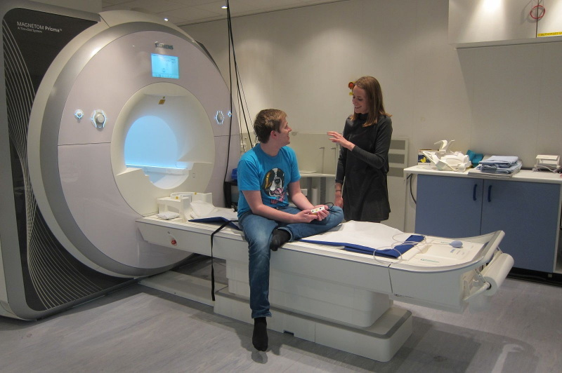 A HD-YAS Volunteer preparing for a brain scan called an MRI (photo courtesy of HDYO)